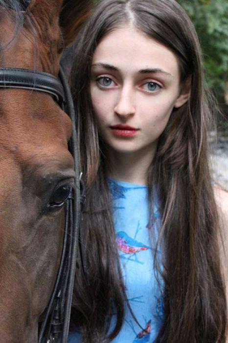 Девушка с глазами цвета неба. Автор фото: Марат Сафин (Marat Safin).