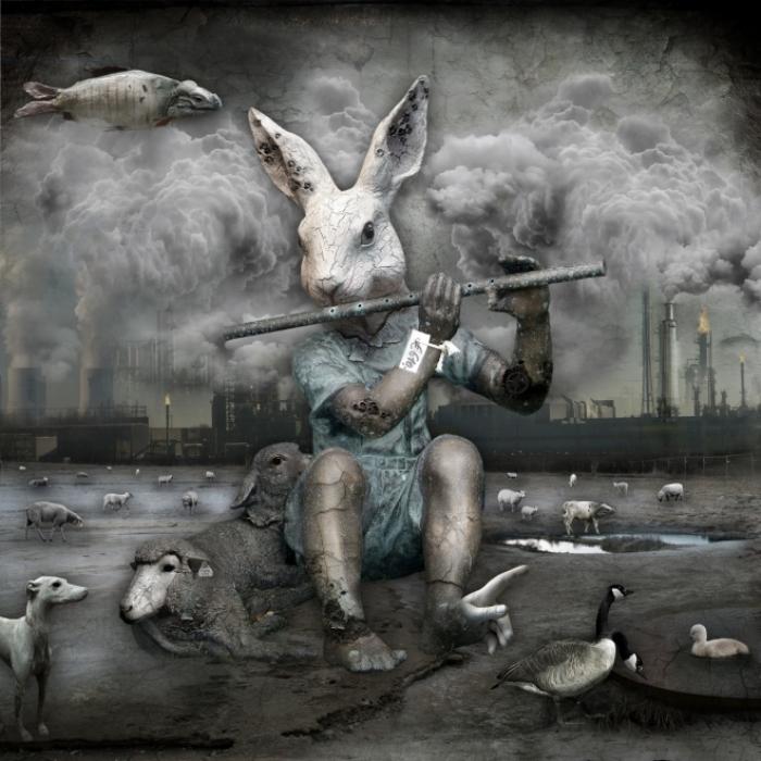Мы все, так или иначе, пляшем под чужую дудку. Мрачный сюрреализм в работах польского художника Марцина Овчарек (Marcin Owczarek).
