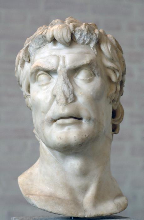 Скульптурный портрет I в. до н. э. — II в. н. э., с XIX века обычно отождествлявшийся с Суллой, но в настоящее время обычно называемый «псевдо-Сулла». \ Фото: ru.wikipedia.org.
