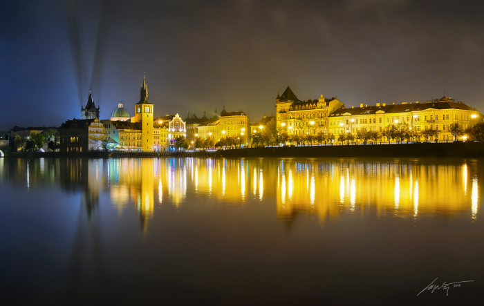 Прага, отражение (Prague Reflection). Автор фото: Марек Киевски (Marek Kijevsky).