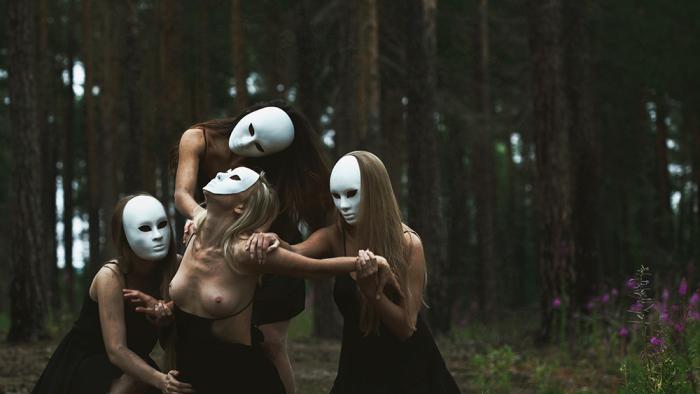Беспощадный социум. Автор: Mari Nino.