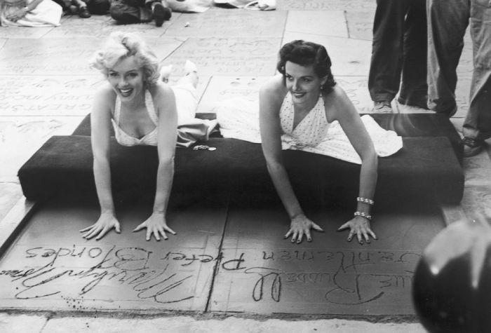 Звёздные отпечатки, 1953 год. \ Фото: yandex.ua.