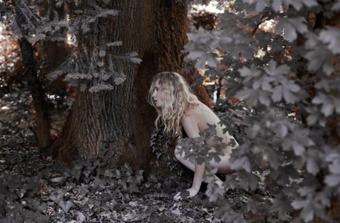 Среди листвы. Marta Bevacqua.