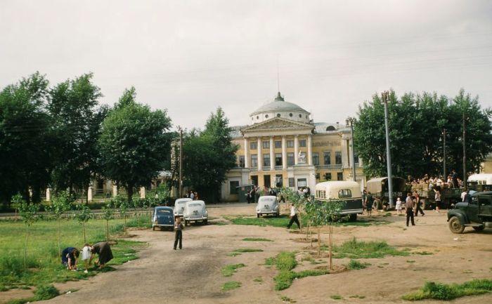 Останкинский дворец на севере Москвы. Автор: Martin Manhoff.