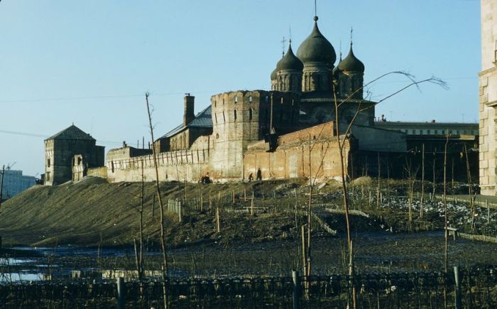 Новоспасский монастырь в Москве. Автор: Martin Manhoff.