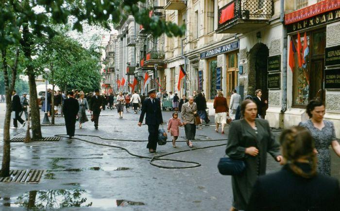 Улица в центре Киева, Украина. Автор: Martin Manhoff.