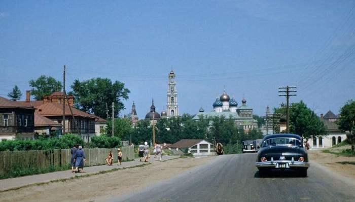 Поездка в Свято-Троицкую Сергиеву Лавру. Автор: Martin Manhoff.