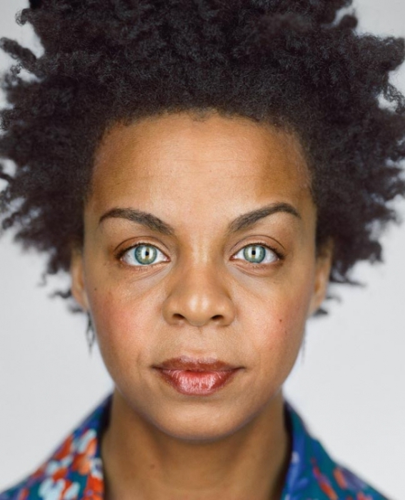 Осанна Маршалл, 32 года. Расово-национальная принадлежность: Афроамериканка, смесь негров, индейцев, белых и евреев.