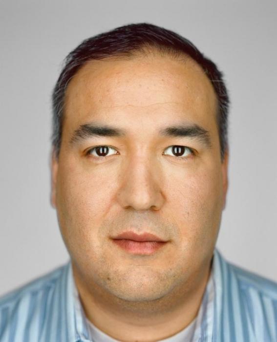 Джошуа Асоак, 34 года. Расово-национальная принадлежность: Еврей, эскимос-инуит.