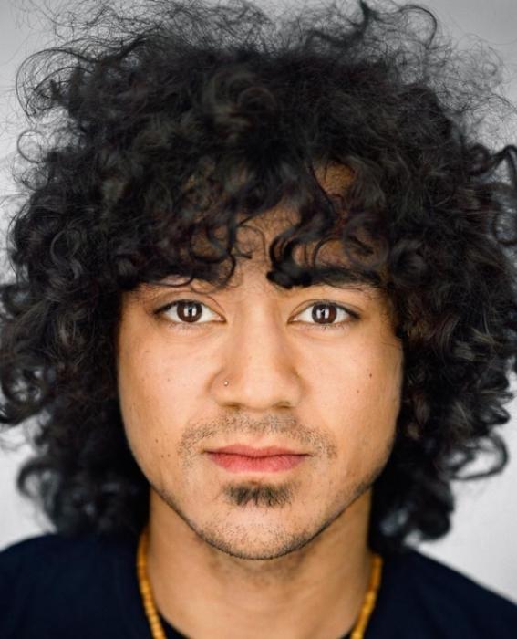Марс Райт, 25 лет. Расово-национальная принадлежность: Тёмнокожий, афроамериканец, филиппинец.