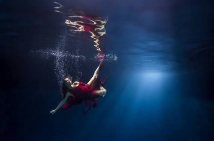 Под водой. Волшебные работы  Майи Алмейда (Maya Almeida).