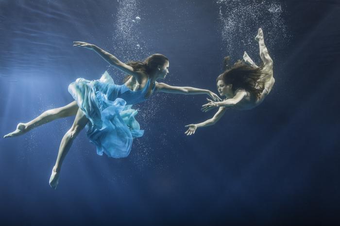 Майя Алмейда (Maya Almeida). Феи, Серия подводный танец, цифровая фотография, 2013 год.
