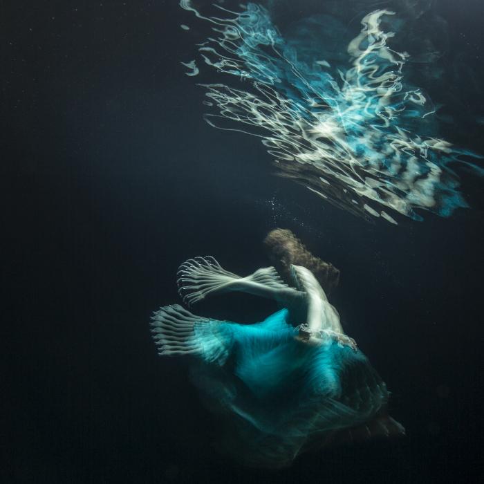 Майя Алмейда (Maya Almeida). Лягушка, Серия подводный танец, цифровая фотография, 2013 год.