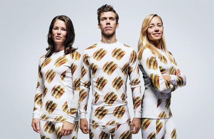 Коллекция одежды от McDonalds. Пижамы с логотипами Биг-Мака.