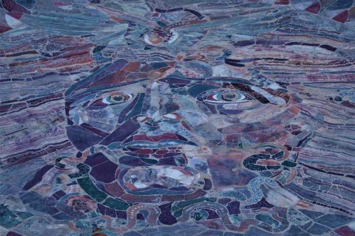 Мозаика Медузы из Одеона в Древней Кибире, около I века н. э. \ Фото: ancientpages.com.