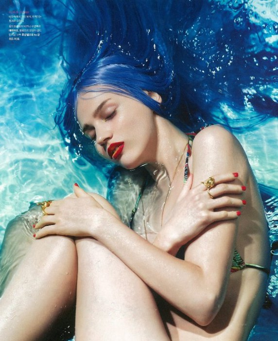 Журнал мод Nylon Kore.