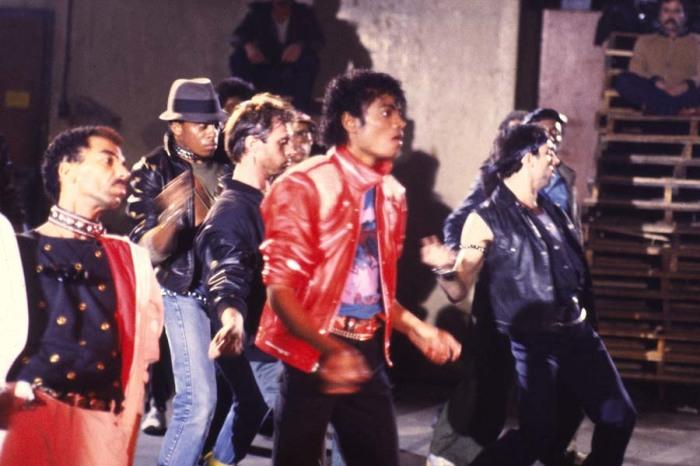 Кадр из клипа Beat It. \ Фото: fanpop.com.