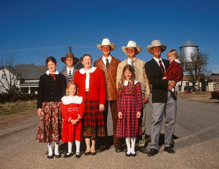 Семья Ларгент (The Largent family). Форт Дэвис, Техас, 1998 г. Автор фото: Michael O'Brien.
