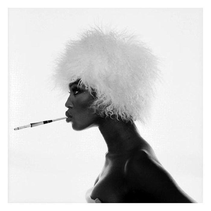 Черно-белый контраст. Потрясающе чувственные портреты. Автор фото: Michel Comte.