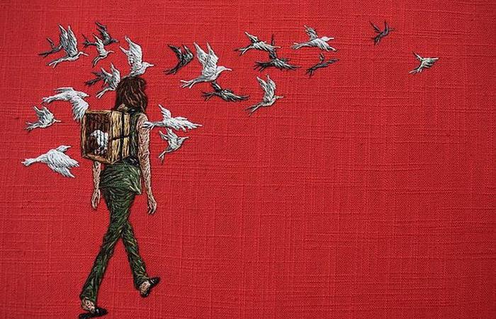 Птицы в клетке. Автор: Michelle Kingdom.