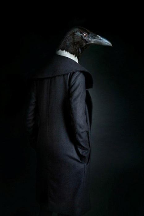 Стильные антропоморфные существа Мигеля Вальинаса (Miguel Vallinas).