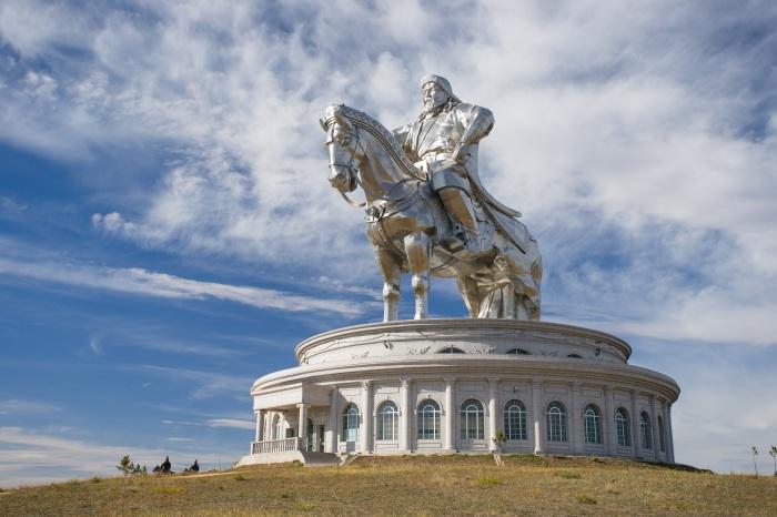 Статуя Чингисхана, Монголия. \ Фото: escapetomongolia.com.