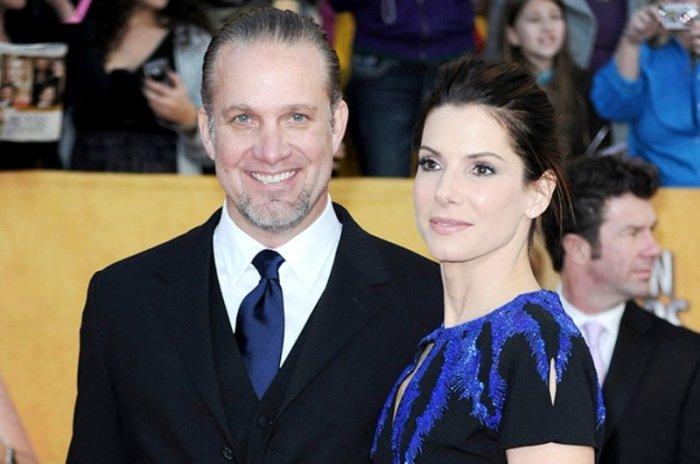 Сандра Буллок и Джесси Джеймс. \ Фото: google.com.