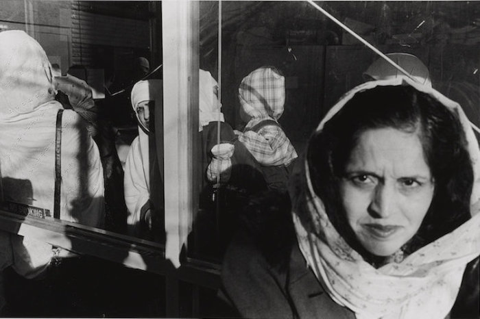 Афганские мусульмане Ид аль-Адха , Флашинг Квинс, Нью-Йорк, 1998 год. Автор: Ed Grazda.