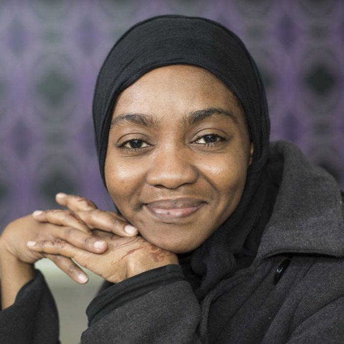 Фатима из Камеруна учится в США. Она летит домой, на каникулы и в Стамбуле у неё долгая стыковка. Автор: Mustafa Cankaya.