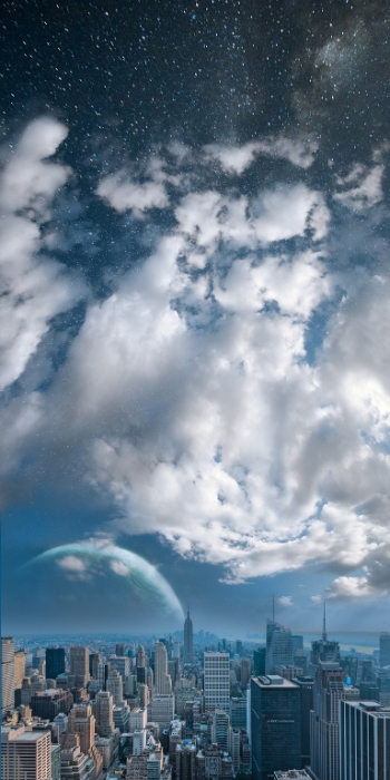 Власть неба над городом.