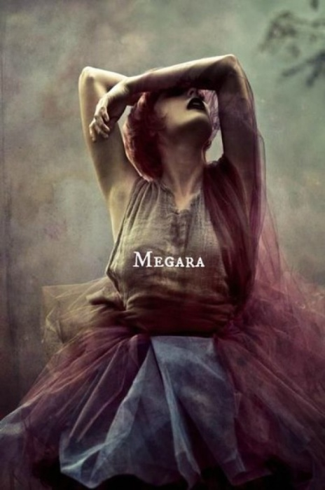 Таинственная Мегара, жена Геракла. Автор идеи: Нэфели (Nefeli).