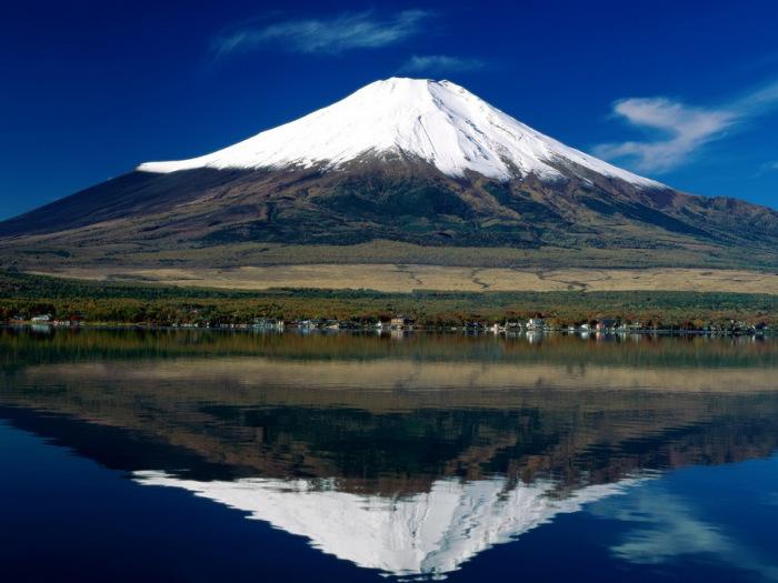 Священная гора Фудзи.