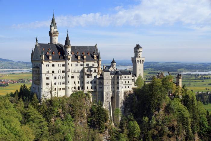 Замок Нойшванштайн. \ Фото: google.com.ua.