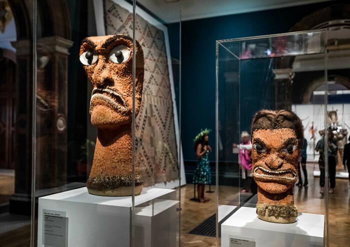Экспонаты на выставке Океания. \ Фото: royalacademy.org.uk.