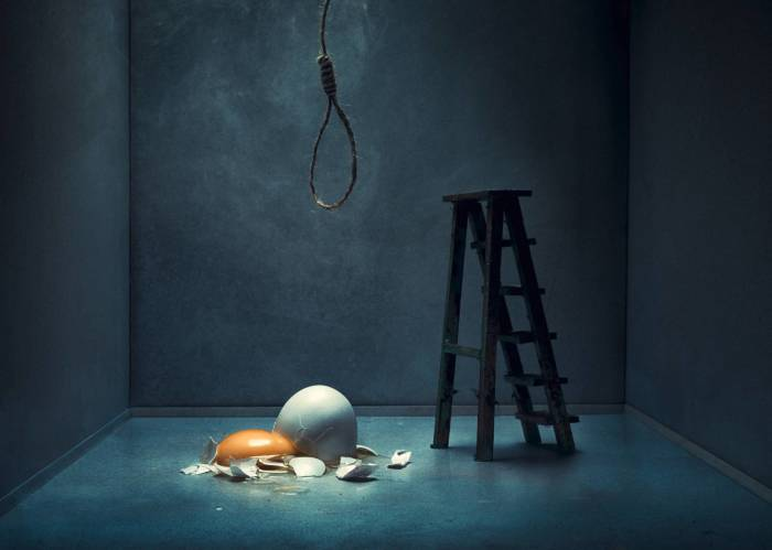 Разбившиеся мечты и надежды. Автор: Juhamatti Vahdersalo.