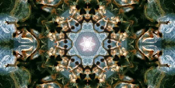 Калейдоскоп. Серия фотографий «Вода и девушки».  Автор фото: Оливер Вилсон (Oliver Wilson).