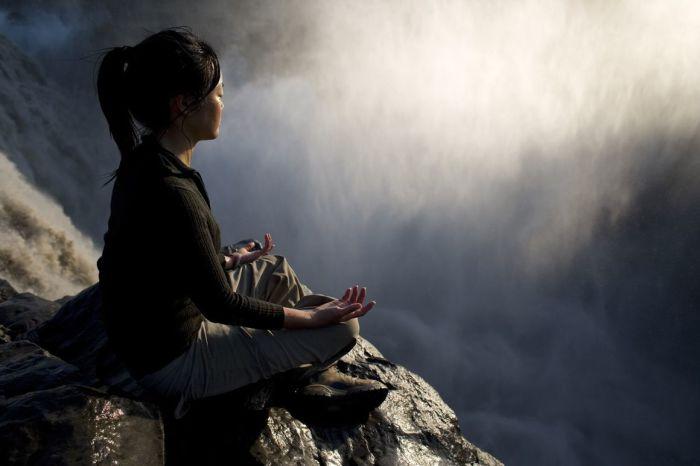 Медитация, Водопад Деттифосс.  Автор: Olivier Follmi.