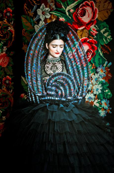Новый взгляд на образ Фриды Кало. Автор: Peter Olschinsky.