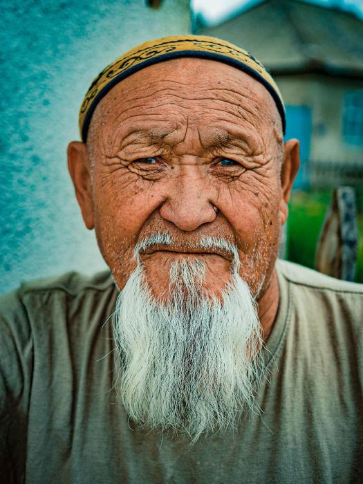Пожилой мужчина. Автор: Omar Reda.