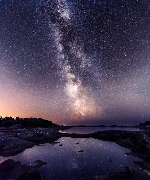 Ночное побережье. Автор: Oscar Keserci.