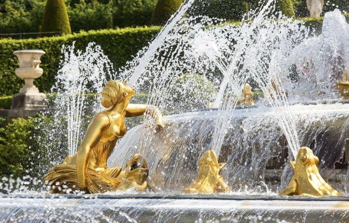 Фонтаны на территории Версаля.