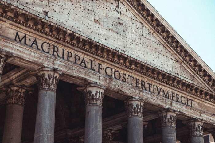 Пантеон Агриппы в Риме. Фотограф: Moritz Kindler. \ Фото: uxdesign.cc.