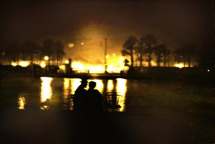 Последний свет, Тюильри. Автор: Maurice Sapiro.