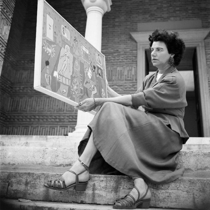 В Греческом павильоне, Венецианская биеннале, 1948 год. \ Фото: mondointasca.it.