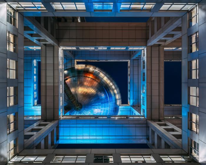 Стальной купол. Яркие абстрактно-архитектурные фотографии Питера Стюарта (Peter Stewart).