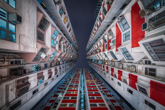 Три шпиля. Яркие абстрактно-архитектурные фотографии Питера Стюарта (Peter Stewart).