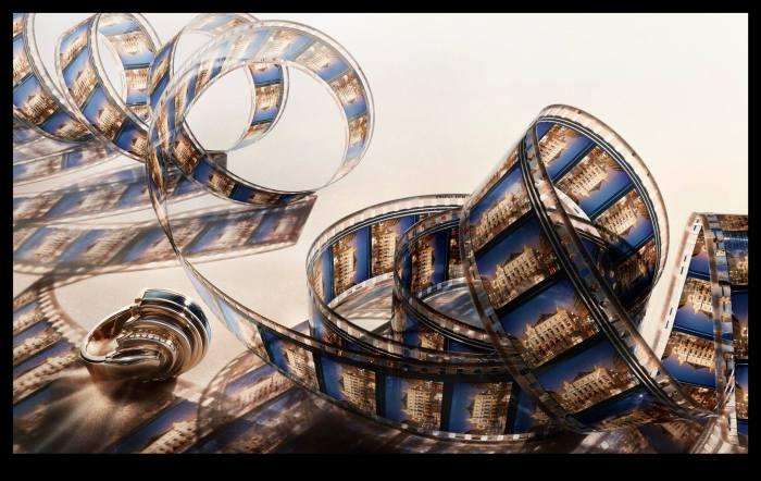 Снимок создан специально для коллекции украшений Картье (Cartier's Art Deco Jewelry). Современный фотограф: Питер Липпманн (Peter Lippmann).