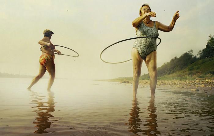Снимок из серии «Простые движения». Автор работ: Пётр Ловыгин (Petr Lovigin).