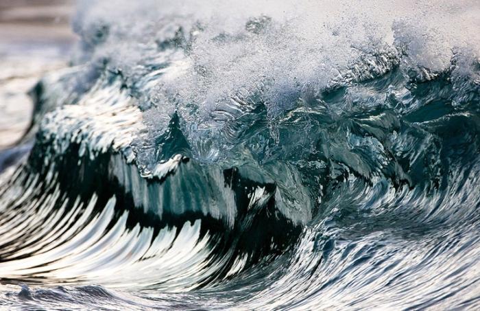 Ледяные волны. Pierre Carreau.