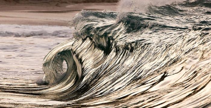 Ледяная волна. Pierre Carreau.